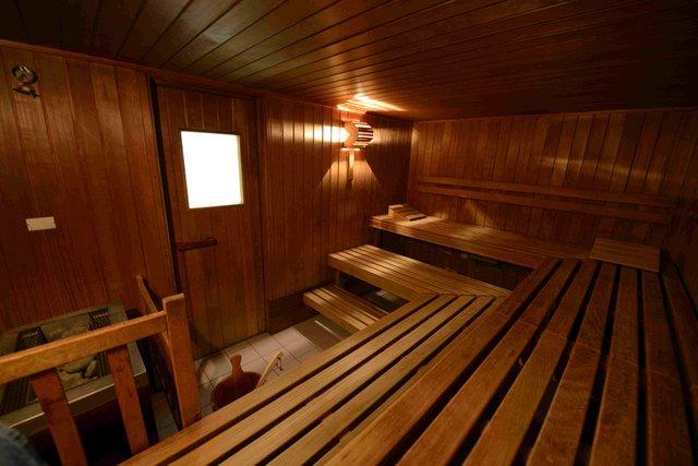 preise schwimmbad sauna. Black Bedroom Furniture Sets. Home Design Ideas